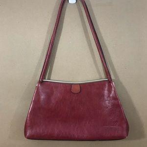 Wilsons Leather Pelle Studio leather shoulder bag